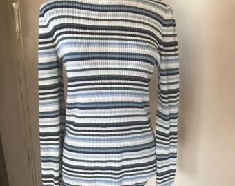 Gap long sleeved striped turtle neck
