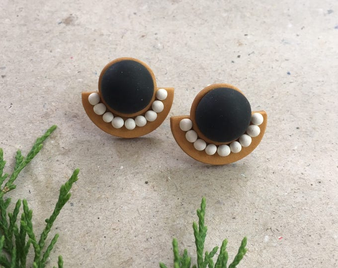 MOXIE STUD EARRINGS// Handmade black, white and gold studs