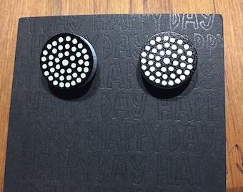 Dot Stud Earrings Black & White