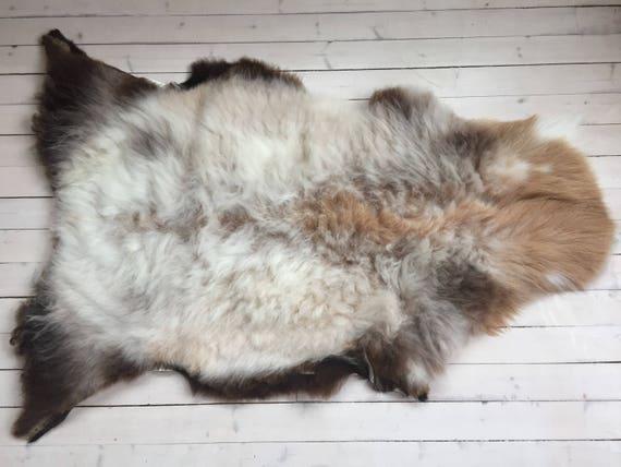 Decorative Sheepskin rug supersoft rugged throw from Norwegian norse breed medium locke length sheep skin white brown 18030