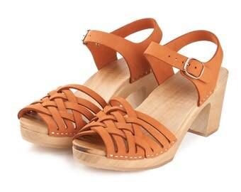 Orange leather  clog | Kulikstyle | Swedish Clogs  | weeden clogs  | handmade in Poland |sweden clog | sandalen | clog sandal | ORANGE