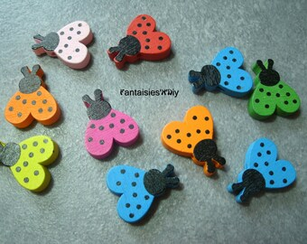 (BTB4) Set of 5 wooden buttons cute ladybugs dyed multicolor 20mm