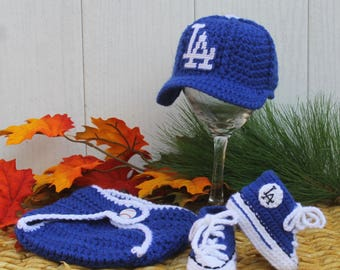 Baby BASEBALL hat and shoes, Newborn baseball hat, Los Angeles DODGERS inspired (Handmade by me and not affiliated with the MLB)