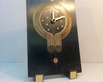 Kinezile alarm clock