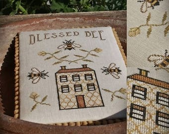 Blessed Bee / Primitive cross stitch pattern / PDF