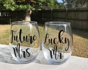 Future Mrs, Lucky Mr, Newly Engaged Gift, Couples Gift,  Engagement Wine Gift, Future Mrs wine glass,  Couples Wine Glasses, Bride Glass