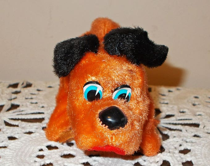 Vintage 50s Sniffing Plush Black Orange Dog Mechanical Wind Up Toy Made In Japan Plus Key