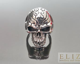 925 Sterling Silver  Fangs Tribal Skull Exclusive Ring Size 9.5' 10.5'
