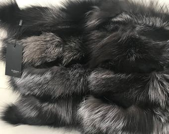 Two decorative pillow 40 * 40 cm made of genuine arctic fox fur