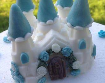 Edible fondant 'Frozen' blue and white princess fairy-tale castle cake topper