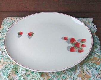 Strawberry Vintage Ceramic Platter, Vintage Kitchen, Home Decor Ideas, Vintage Wedding, Bridal Shower Gift