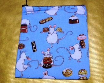 Mice & Desserts Small  Poppins Waterproof Lined Zip Pouch - Sandwich bag - Eco - Snack Bag - Bikini Bag - Lunch Bag - Make Up Bag