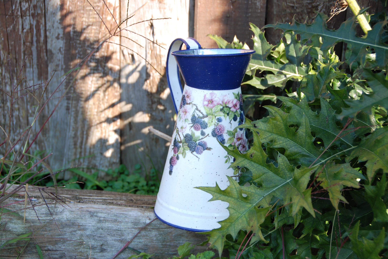 Galvanized metal watering jug blackberry, watering can, flower vase ...