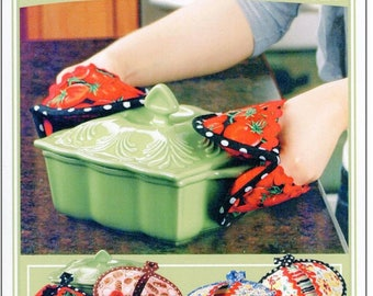 SALE! Pot Pinchers - Pot holders and Oven Mitts Pattern - Vanilla House Designs