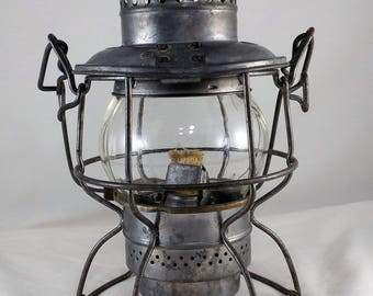 Vintage Railway Lantern, Canadian Pacific Railway Collectible Adlake Kero 400, Hiram L Piper Co, 1960'S, Canadian National Railway RailRoad