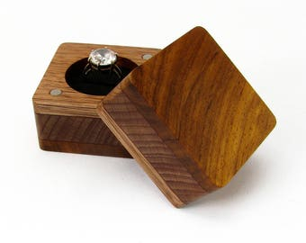 Wood ring box Unique ring case Small wooden box Engagement ring box Wooden ring box Wedding ring box Rustic Jewelry box