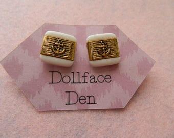 Vintage Button earrings