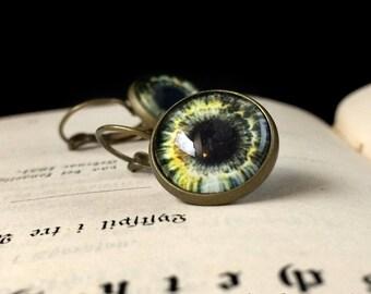 Goth eye drop earrings // Alice in WastelandS post apocalyptic jewelry // Handcrafted eye jewelry in brass