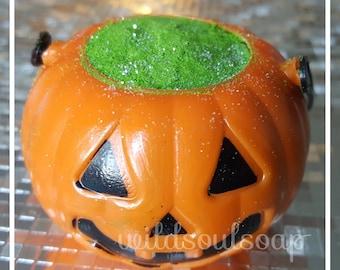 Bubbling pumpkin bath bomb/ witches brew/ Halloween bath bomb/ holiday bath bomb/ kids bath bomb/ spooky bath bomb/ trendy bath bomb asst.
