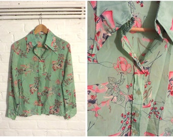 1970s vintage mint green blouse shirt with flower print and pointed collar - UK 8 EU 36 US 6 - Boho Seventies