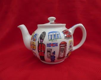 Vintage Sadler Teapot, Celebrating The Heritage of England and the UK