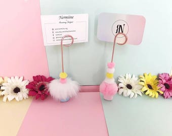 Wire photo holder / photo holder / card holder / wire clip holder / photo holder clip / wire photo display / photos / card holder / pom poms
