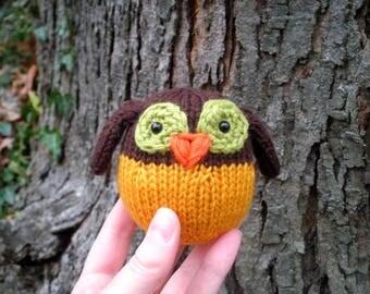 Hand Knit Owl - Plush Wool Yarn Woodland Owl / Bird Toy - Cute Forest Animal Holiday Housewarming Birthday or Kids Stuffed Knitting Gift