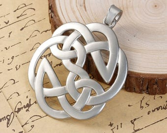 Large 63mm x 87mm Celtic knot pendant