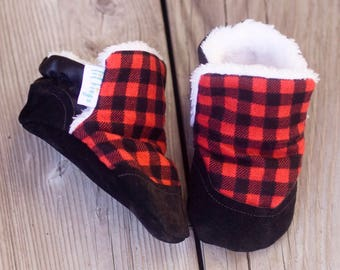 Faux Fur lined Lumberjack Plaid baby shoe, Furlined Bootie, Soft Sole Baby Shoe, faux fur Baby Booties, Non Slip, Handmade,  Baby Moccasins