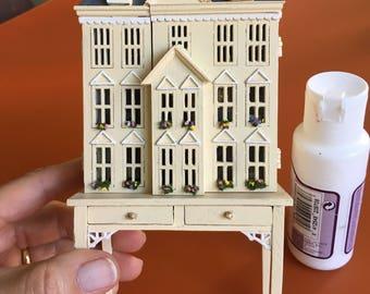 A dollhouse for a dollhouse