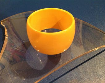 Vintage yellow Bakelite cuff bracelet