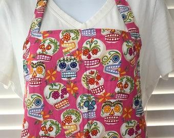 Sugar skulls apron / day of the dead / dia de los muertos / fancy skulls / adult apron with pocket