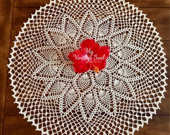 Cream Lace Doily - Pineapple Doily - Vintage Table Doily - Handmade Doilies - Wedding Gift - French Country Decor - Crochet Lace Doily