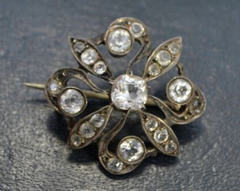 Antique Solid SILVER Early Victorian /Georgian Paste FLOWER BROOCH / Pin
