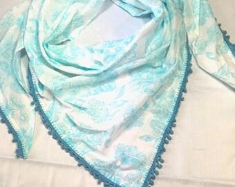 Cotton with pompom trim scarf