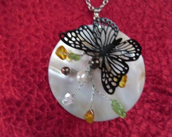 """""""Butterfly"""" with Baroque pearls necklace"""