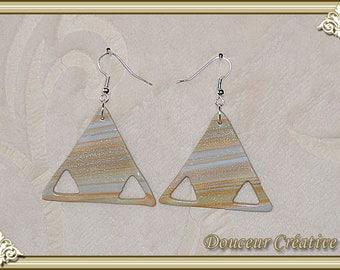 Striped glitter 104015 beige blue earrings