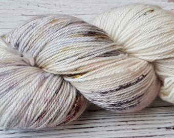 Organic Hand dyed yarn, Superwash Merinos , 115 gr Dance with me