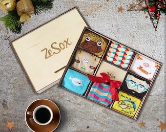 Cute Wooden socks box, funny New Year Xmas socks set with box, 8 socks set for men and for women, funny socks set gift