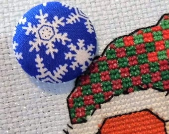 Summer of 17 Sale Blue and White Snowflake Needle Minder