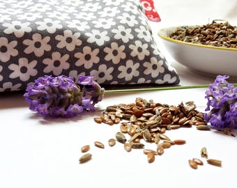 Eye pillows, relaxation, meditation, wellness, lavender, flax seed, wellbeing, ditzy, daisies, grey, white