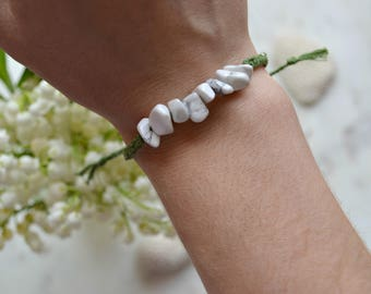 Braided bracelet with Howlite stones