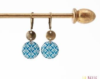 Small earrings ' sleepers earrings art deco blue resin