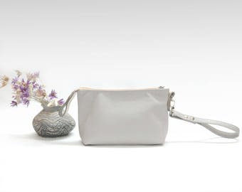 Leather makeup bag light gray cosmetic case leather pouch classic design women clutch travel purse bag organizer bridesmaids gift corporate