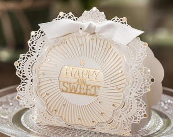 240pcs Romantic Lace Wedding Gift and favors Box Elegant White Luxury Decoration Laser Cut Party Sweet Guest Paper Candy Bag B174