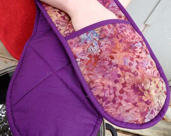 Handmade Quilted Potholder, Long Pot Holder, Purple Kitchen Decor, Useful Oven Glove, Housewarming Gift