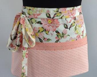 Waitress apron coffee shop apron tie apron vendor apron utility apron - floral & pink pocket apron