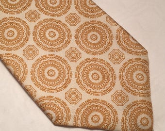 Vintage Simpson Piccadilly silk white and gold tie made in England