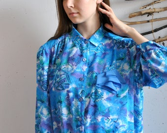 BLue blouse 1990s 1980s womens vintage abstract figures print cute shirt