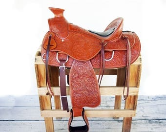 "16"" 1/2 Padded Seat Handmade Western Wade Horse Trail Floral Tooled leather  Saddle"
